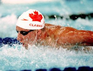 Canada's Stephen Clarke competes in a swimming event at the 1996 Atlanta Summer Olympic Games. (CP Photo/COA/Mike Ridewood) Stephen Clarke du Canada participe en natation aux Jeux olympiques d'Atlanta de 1996. (Photo PC/AOC)